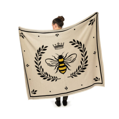 Bee in Crest Blanket